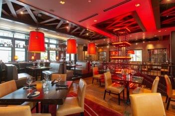Del Frisco's Grill Steak House in Atlanta, GA dining area