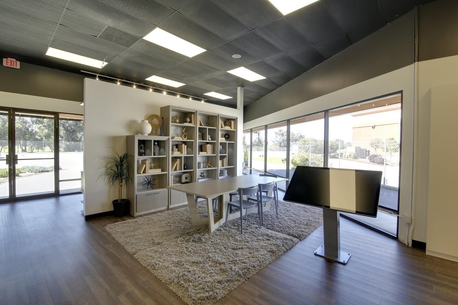 California Closets Interior Designer in San Diego, CA