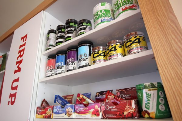 Smoothie King Juice Shop in Marlton, NJ protein bars and muscle building supplements shelf items