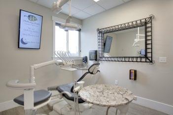 Holladay Smiles Dental Clinic Utah dentist chair exam room mirror