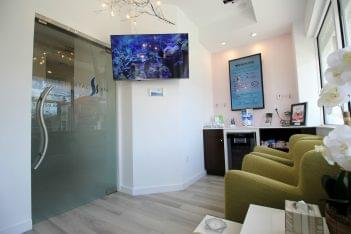 Vida Dental Spa in Whitestone, NY reception waiting room