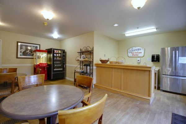 Patriots Glen Assisted living facility in Bellevue, WA canteen ice cream parlor