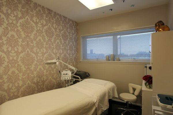 exam room Prolase Medispa medical spa in Arlington, VA