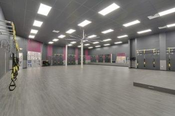 multipurpose room at Crunch Fitness Ballantyne Gym and Health Club in Charlotte, NC