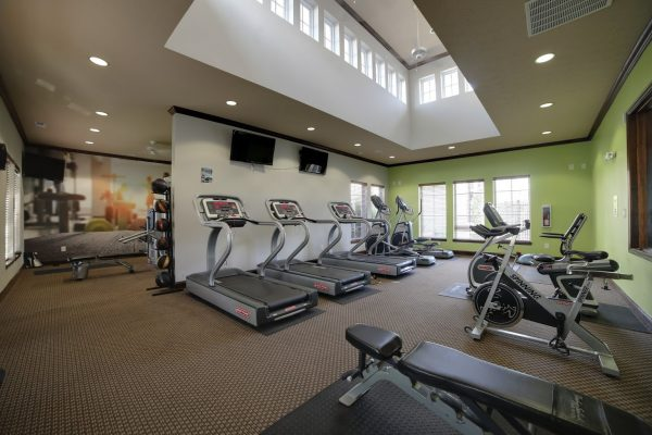 gym at Canyon Club at Perry Crossing, Apartment building in Plainfield, IN