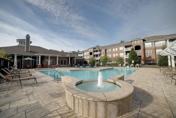 pool at Canyon Club at Perry Crossing, Apartment building in Plainfield, IN