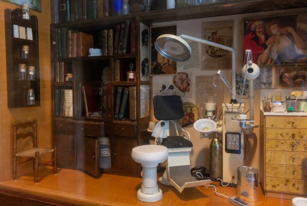 Dental ofifce diorama Pi Dental Center Dentist in Fort Washington, PA