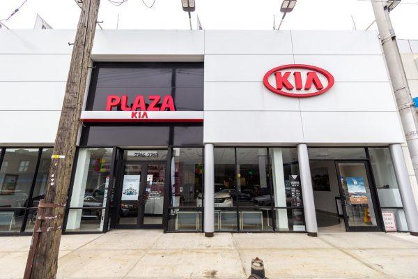 store front of Plaza Kia in Brooklyn, NY