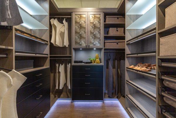 California Closets 360 tour of Interior Designer in Bellevue, WA